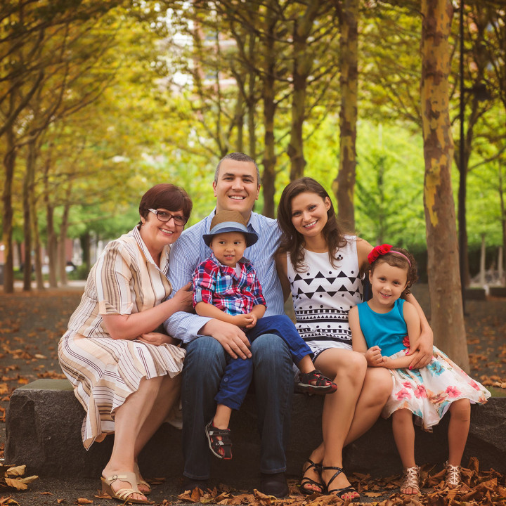 Geniu Family {Hoboken, Union City Family Photographer}